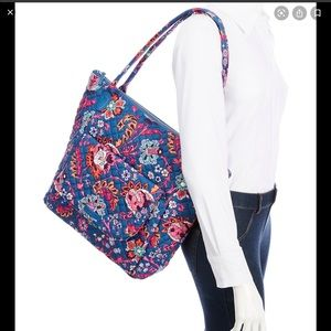 Carson north south large tote Dragon Fruit Floral